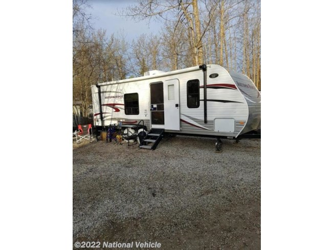 Used 2014 Starcraft Autumn Ridge 278BH 29' Travel Trailer available in Edmonton, Alberta