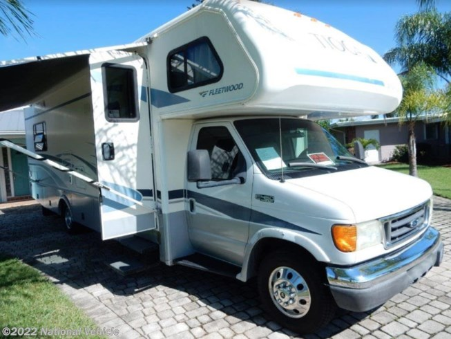 Used 2005 Fleetwood Tioga SL 31W available in Port St. Lucie, Florida