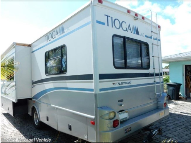 2005 Fleetwood Tioga SL 31W - Used Class C For Sale by National Vehicle in Port St. Lucie, Florida