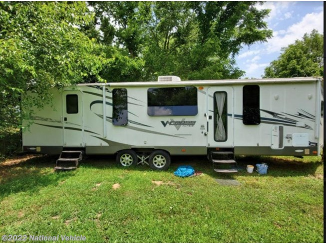 2012 V-Cross 32VFKS by Forest River from National Vehicle in De Soto, Missouri