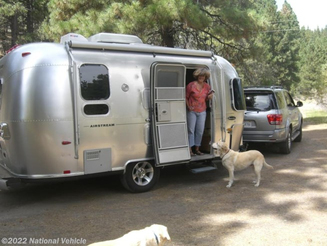 2005 Safari 19 Bambi Special Edition by Airstream from National Vehicle in Bend, Oregon