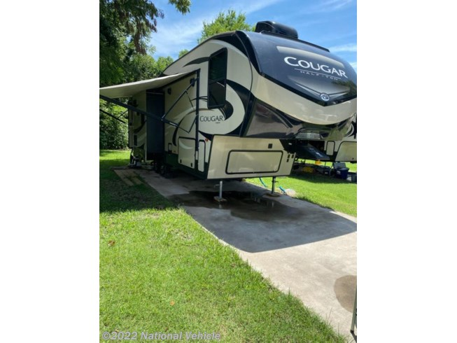 Used 2019 Keystone Cougar Half-Ton (East) 27RLS available in Sand Springs, Oklahoma