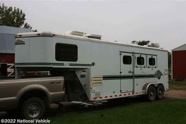 1999 Sundowner Aztec 22' 3 Horse With Living Quarters - Used  For Sale by National Vehicle in Omaha, Nebraska