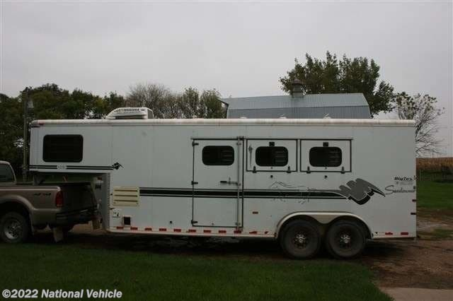 1999 Aztec 22' 3 Horse With Living Quarters by Sundowner from National Vehicle in Omaha, Nebraska