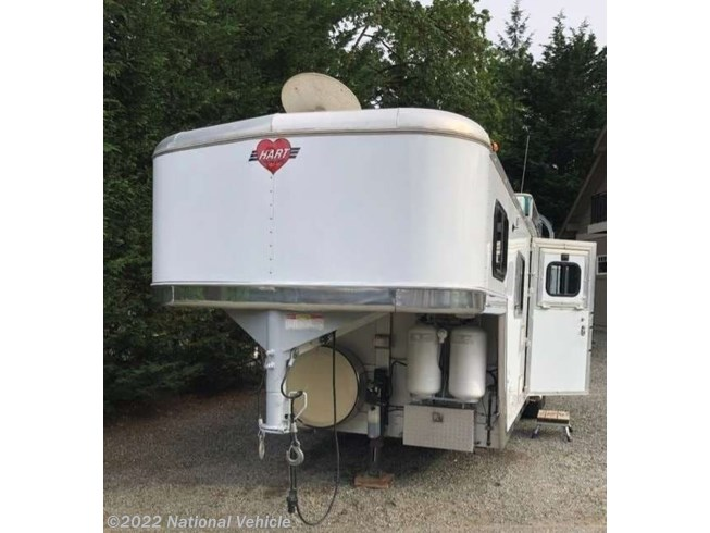 2001 Miscellaneous Hart 3 Horse A3HDSG 3 Horse Trailer W/ LQ With Liv - Used  For Sale by National Vehicle in Omaha, Nebraska