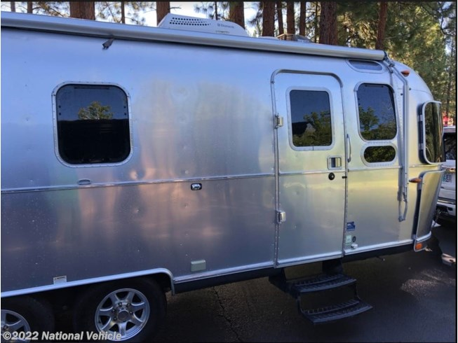 2016 Flying Cloud 26U by Airstream from National Vehicle in Bend, Oregon