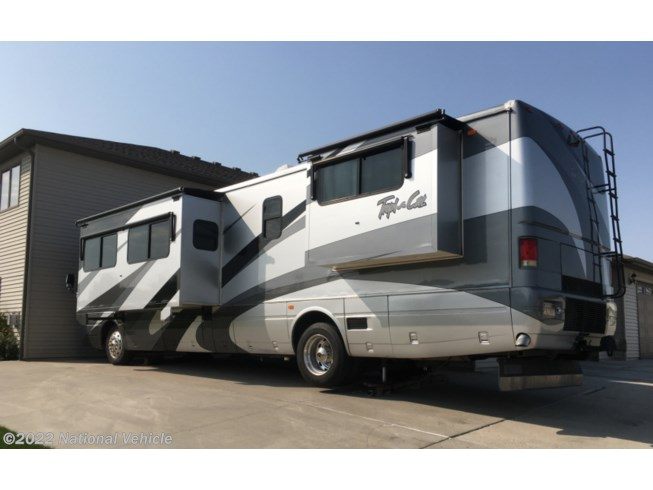 2004 National RV Tropi-Cal 396 - Used Class A For Sale by National Vehicle in Bismarck, North Dakota