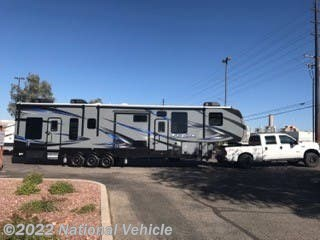Used 2017 Keystone Fuzion Toy Hauler 423 available in Lake Elsinore, California