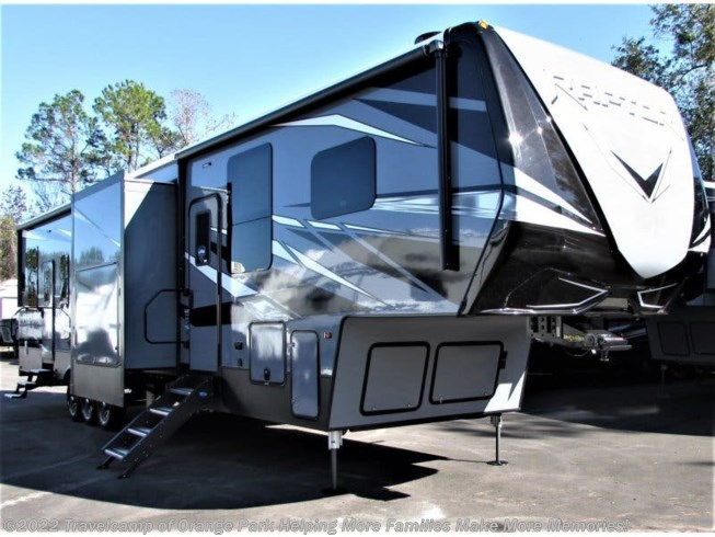 New 2020 Keystone Raptor 423 available in Jacksonville, Florida