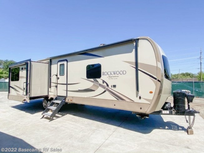 Used 2018 Forest River Rockwood Signature Ultra Lite 8329SS available in Rocklin, California