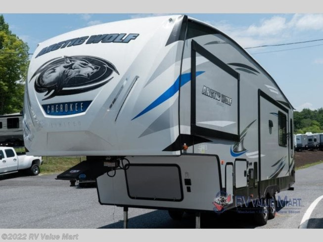 Used 2019 Forest River Cherokee Arctic Wolf 285DRL4 available in Bath, Pennsylvania