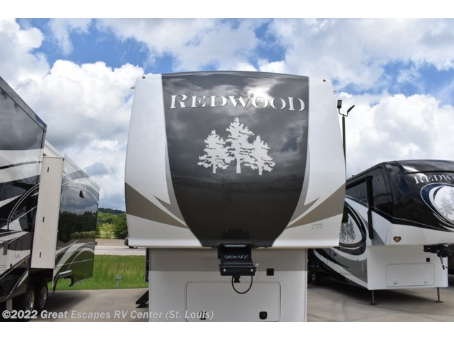 New 2021 CrossRoads Redwood 4001LK available in Eureka, Missouri