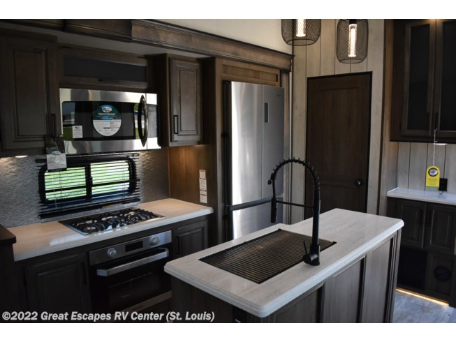 2021 Prime Time Sanibel 3102RSWB - New Fifth Wheel For Sale by Great Escapes RV Center in Eureka, Missouri