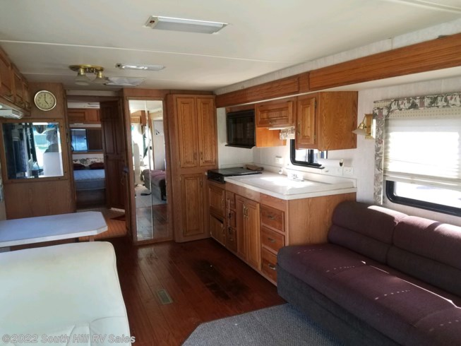 1996 Endeavor 37' by Holiday Rambler from South Hill RV Sales in Yelm, Washington
