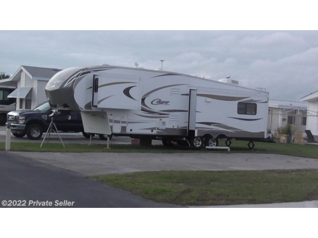Used 2014 Keystone Cougar 327RES available in Sabattus, Maine
