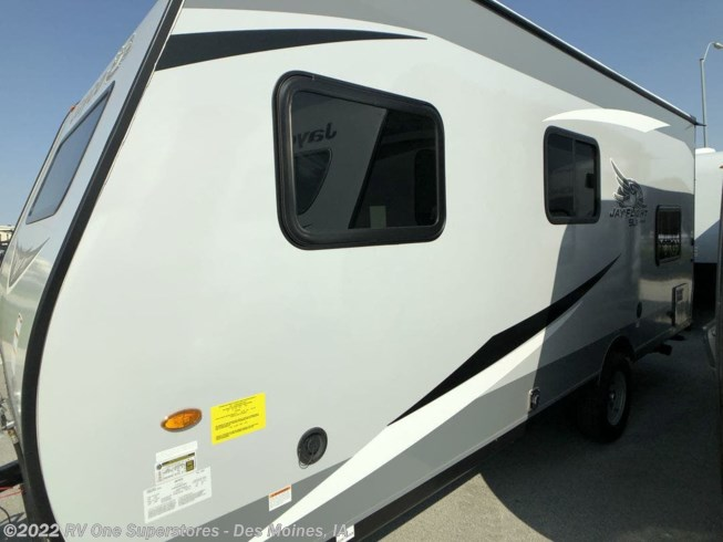 2021 Jay Flight SLX 7' Wide 174 BH by Jayco from RV One Superstore Des Moines in Altoona, Iowa
