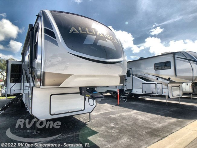 New 2021 Skyline Alliance Paradigm 372RK available in Sarasota, Florida