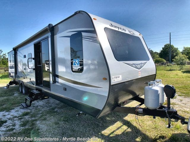 New 2020 Jayco Jay Flight 38FDDS available in Myrtle Beach, South Carolina