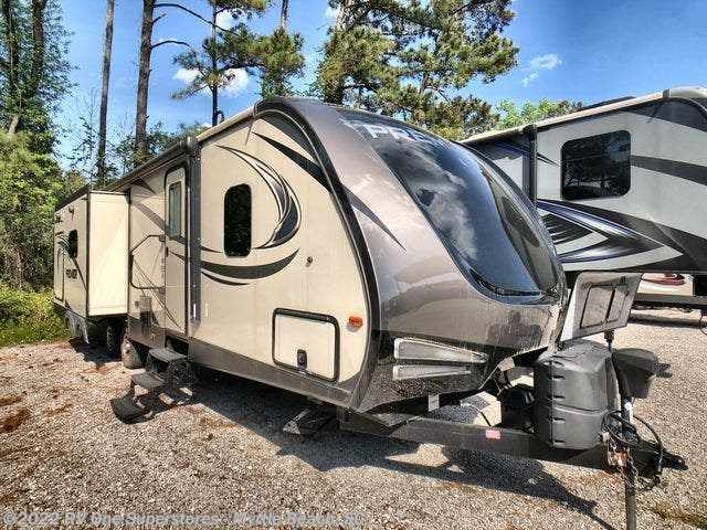 2017 Keystone Bullet - Used Travel Trailer For Sale by RV One Superstore Myrtle Beach in Myrtle Beach, South Carolina features Awning