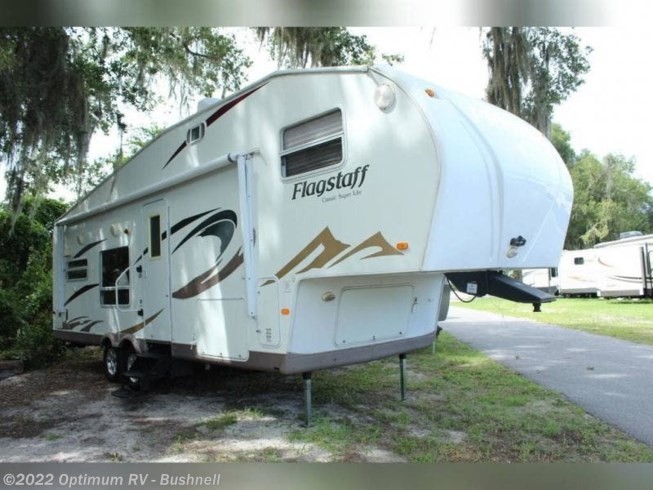 Used 2009 Forest River Flagstaff 8528RKWS available in Bushnell, Florida