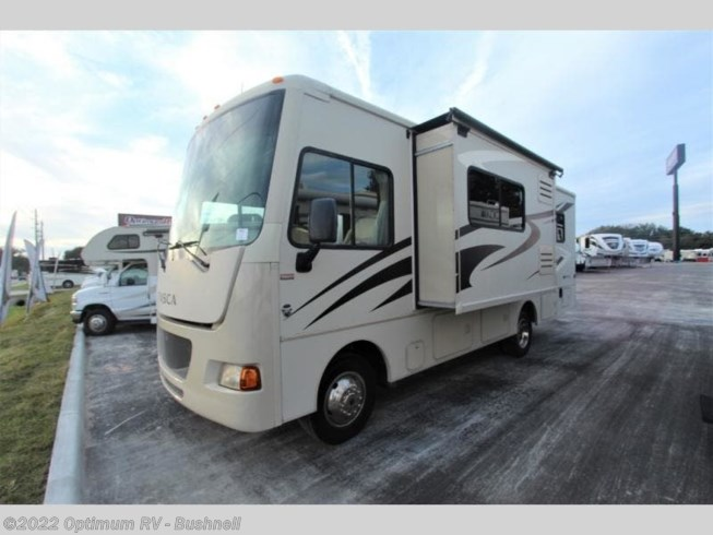 2014 Itasca Sunstar IFE26HE - Used Class A For Sale by Optimum RV in Bushnell, Florida features Slideout
