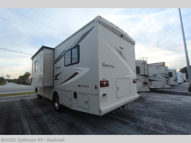 Used 2014 Itasca Sunstar IFE26HE available in Bushnell, Florida