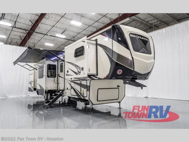 New 2021 Heartland Big Country 3895 FK available in Wharton, Texas
