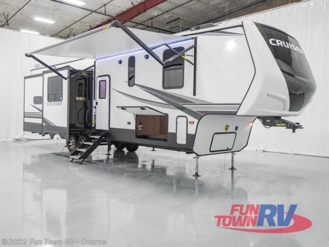 New 2021 CrossRoads Cruiser CR3601GK available in Conroe, Texas