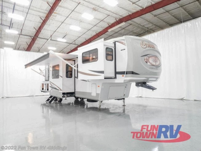 New 2021 Palomino Columbus Compass 389FLC available in Giddings, Texas
