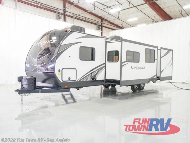 2021 Heartland Sundance Ultra Lite 324BH - New Travel Trailer For Sale by Fun Town RV - San Angelo in San Angelo, Texas features Slideout