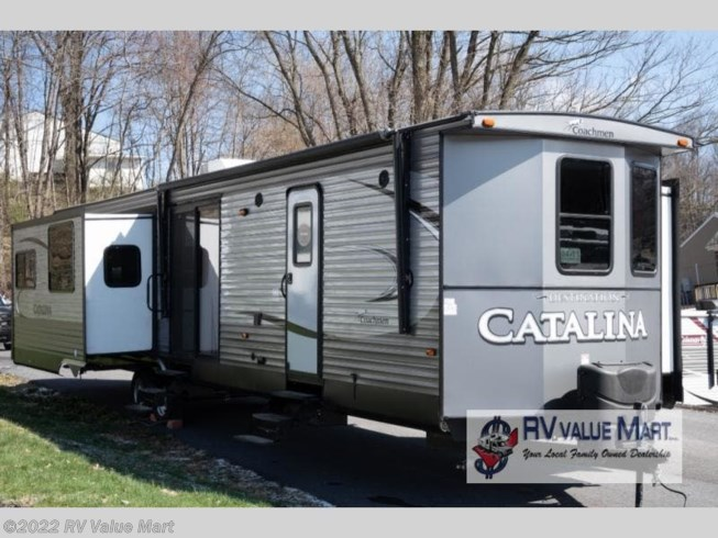 Used 2018 Coachmen Catalina Destination Series 39RLTS available in Manheim, Pennsylvania