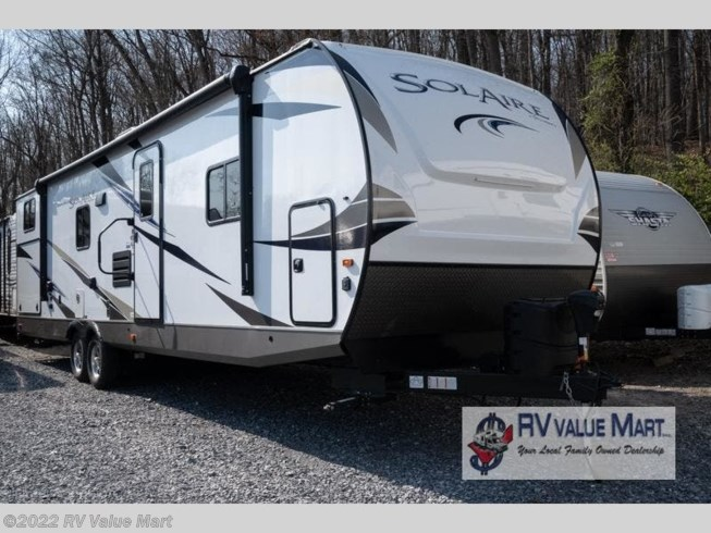 Used 2020 Palomino Solaire Ultra Lite 320TSBH available in Manheim, Pennsylvania