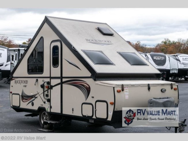 Used 2015 Forest River Rockwood Hard Side Series A212HW available in Manheim, Pennsylvania