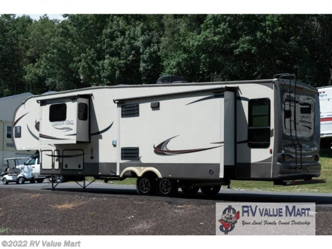 Used 2015 Gulf Stream Canyon Trail 36FBQS available in Manheim, Pennsylvania
