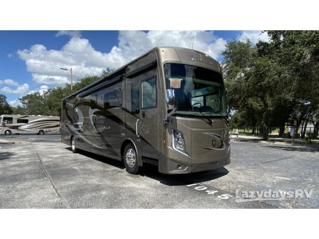 New 2021 Thor Motor Coach Venetian R40 available in Elkhart, Indiana