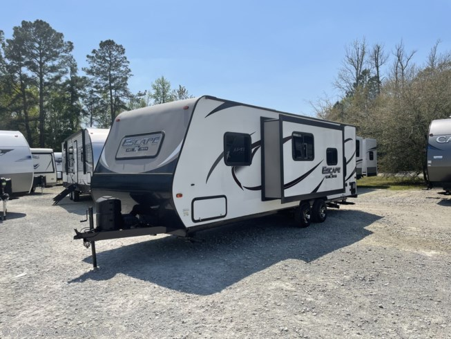 2018 K-Z Spree Escape 231BHS - Used Travel Trailer For Sale by Recreation USA in Longs, South Carolina features Refrigerator, LP Detector, Power Awning, Microwave, Queen Bed