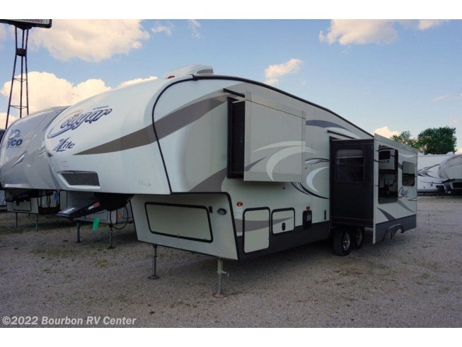 Used 2017 Keystone Cougar X-Lite 29RLI available in Bourbon, Missouri