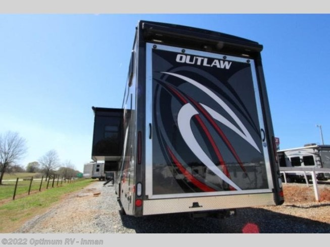 2021 Outlaw 38KB by Thor Motor Coach from Optimum RV in Inman, South Carolina