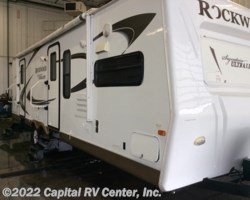 #12233B - 2011 Forest River Rockwood Signature Ultra Lite 8298SS