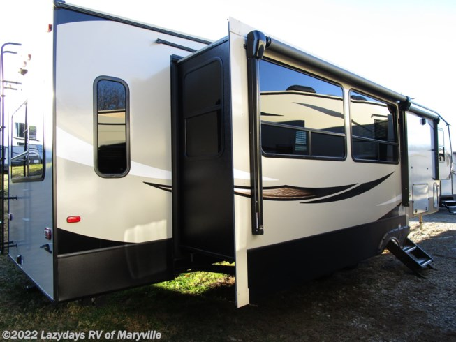 New 2019 Keystone Cougar 361RLW available in Louisville, Tennessee