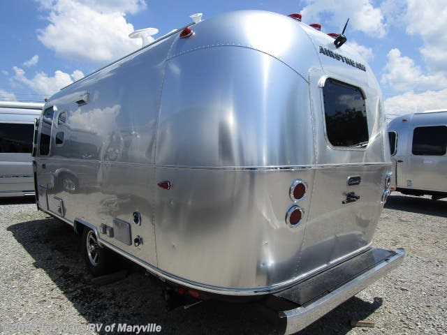 2020 Caravel 22FB by Airstream from Chilhowee RV Center in Louisville, Tennessee
