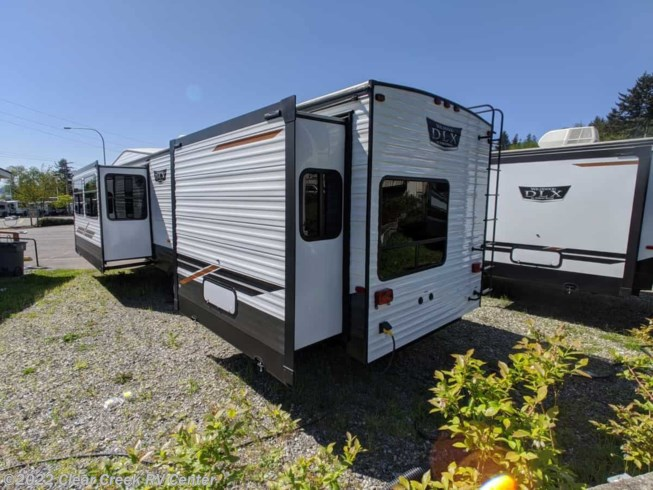 New 2020 Forest River Wildwood DLX 353FLFB available in Silverdale, Washington