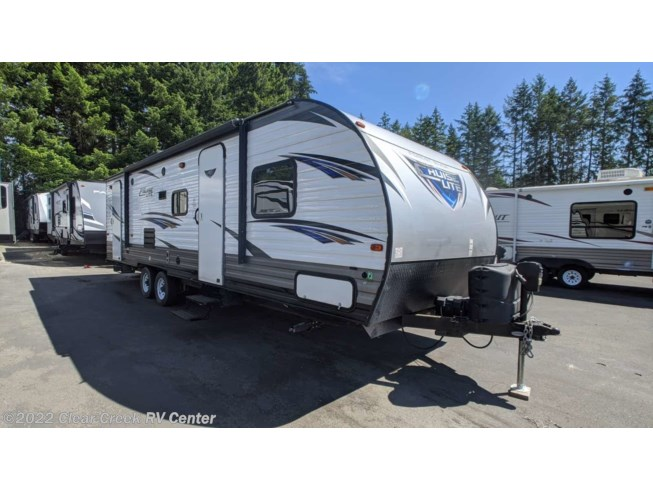 Used 2017 Forest River Salem Cruise Lite T263BHXL available in Silverdale, Washington