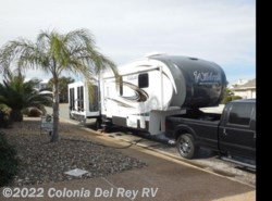 Used 2015  Forest River Wildcat 327CK by Forest River from Colonia Del Rey RV in Corpus Christi, TX