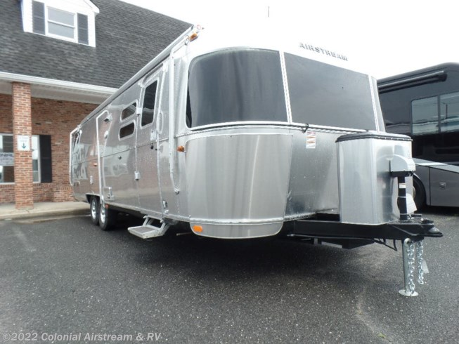 New 2019 Airstream Flying Cloud 30RBT Twin available in Millstone Township, New Jersey