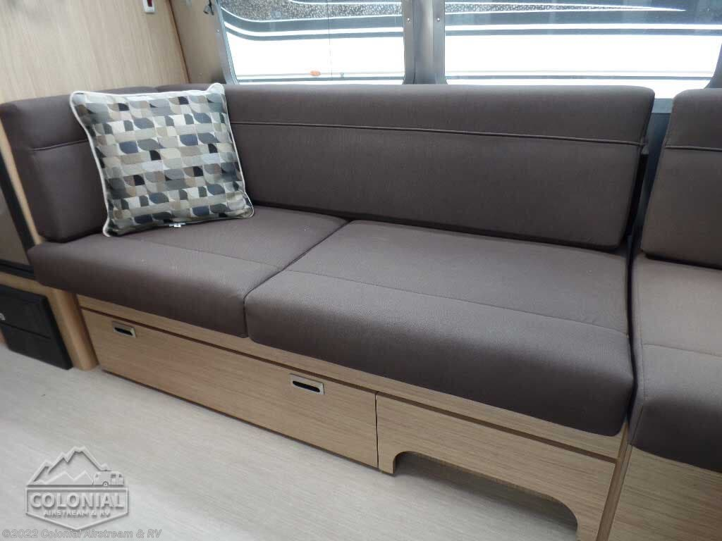 Stupendous 2020 Airstream Rv Flying Cloud 23Cb For Sale In Lakewood Nj Creativecarmelina Interior Chair Design Creativecarmelinacom