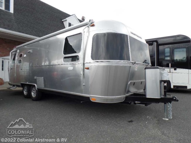 New 2020 Airstream Flying Cloud 27FBQ Queen available in Millstone Township, New Jersey