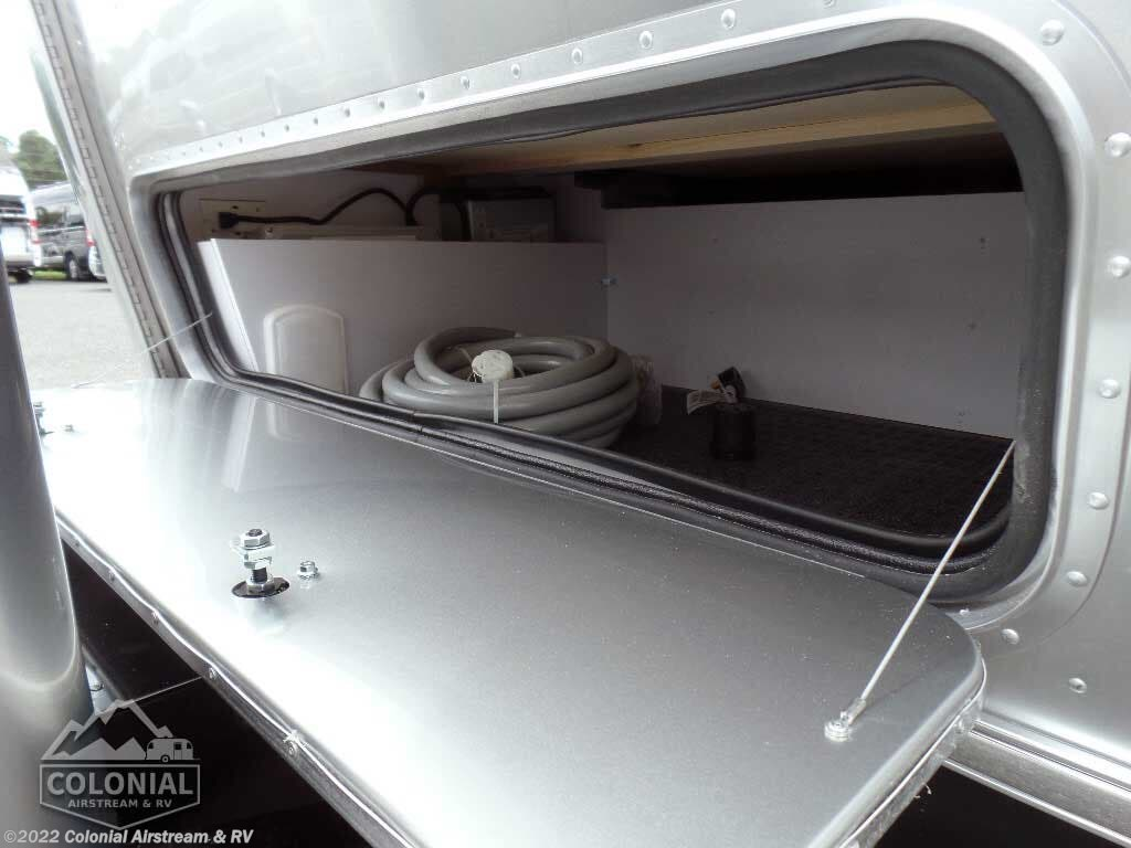 2020 Airstream RV International Serenity 27FBQ Queen Hatch for Sale