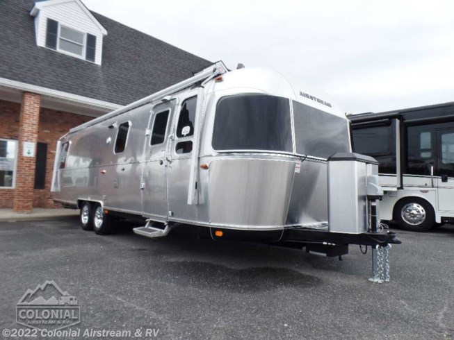 New 2020 Airstream Classic 30RBQ Queen available in Millstone Township, New Jersey