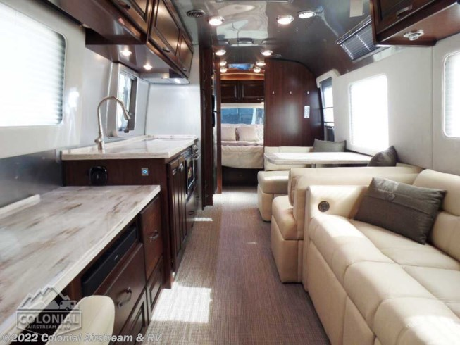 2020 Airstream Classic 33FBQ Queen - New Travel Trailer For Sale by Colonial Airstream & RV in Millstone Township, New Jersey features Water Heater, Backup Monitor, Medicine Cabinet, Leveling Jacks, Surround Sound System